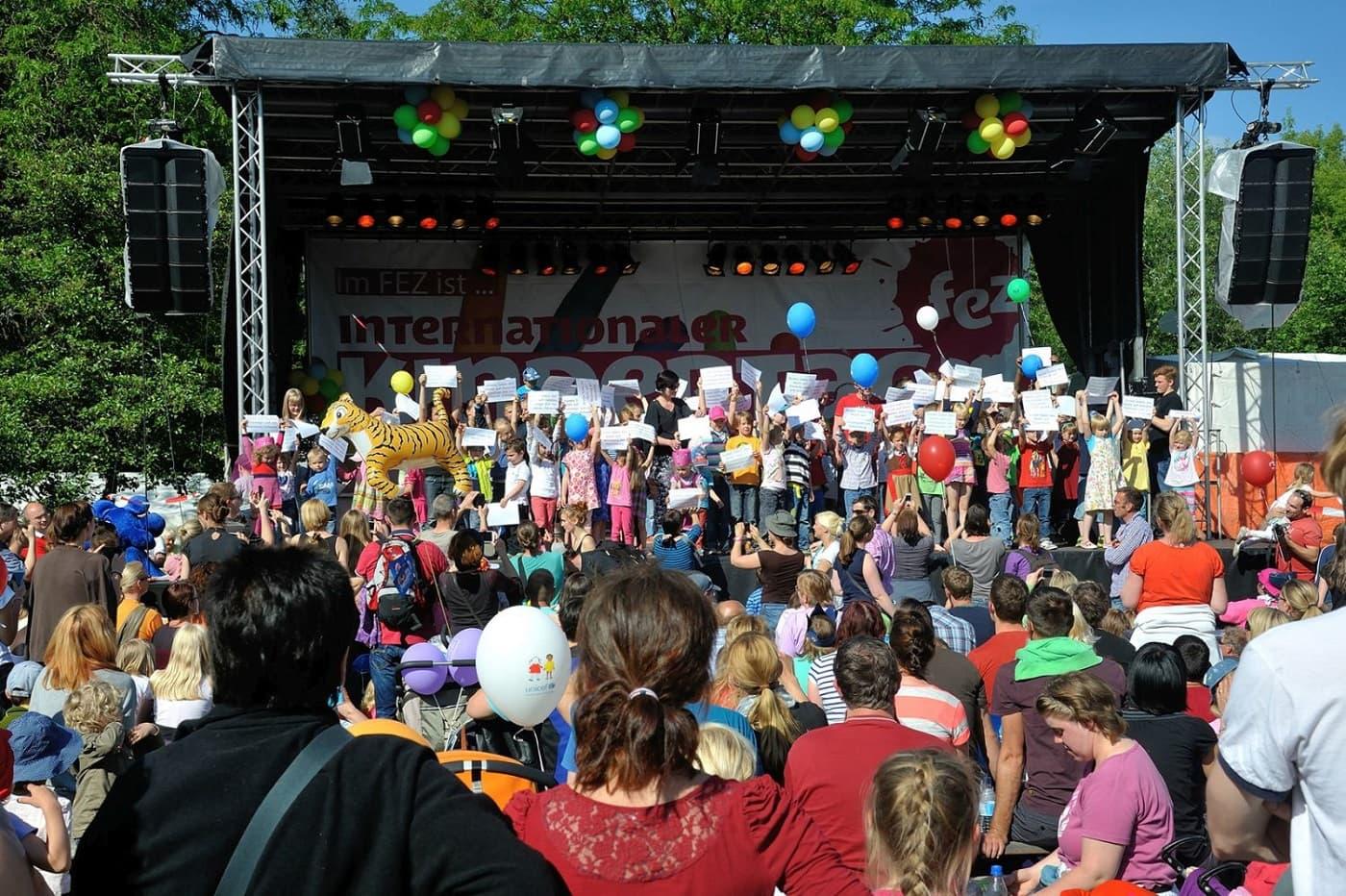 Fest für Familien mit Kindern im FEZ Berlin zum Kindertag // HIMBEER