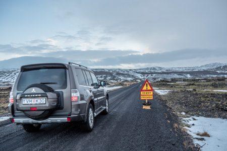 Auto auf Island // HIMBEER