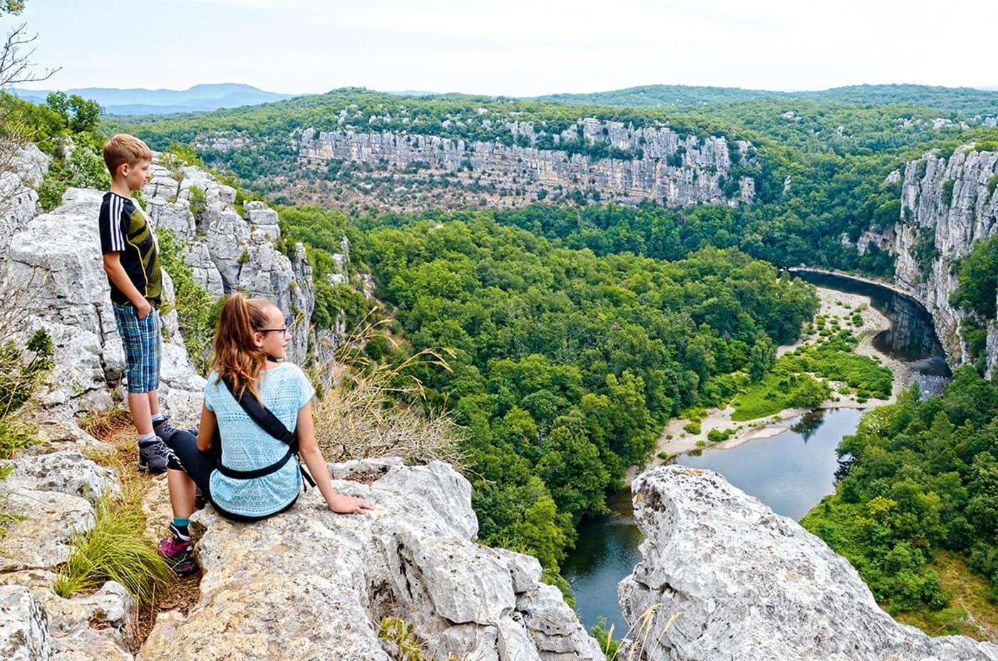 Reisetipps: Wandern mit Kindern in Frankreich // HIMBEER