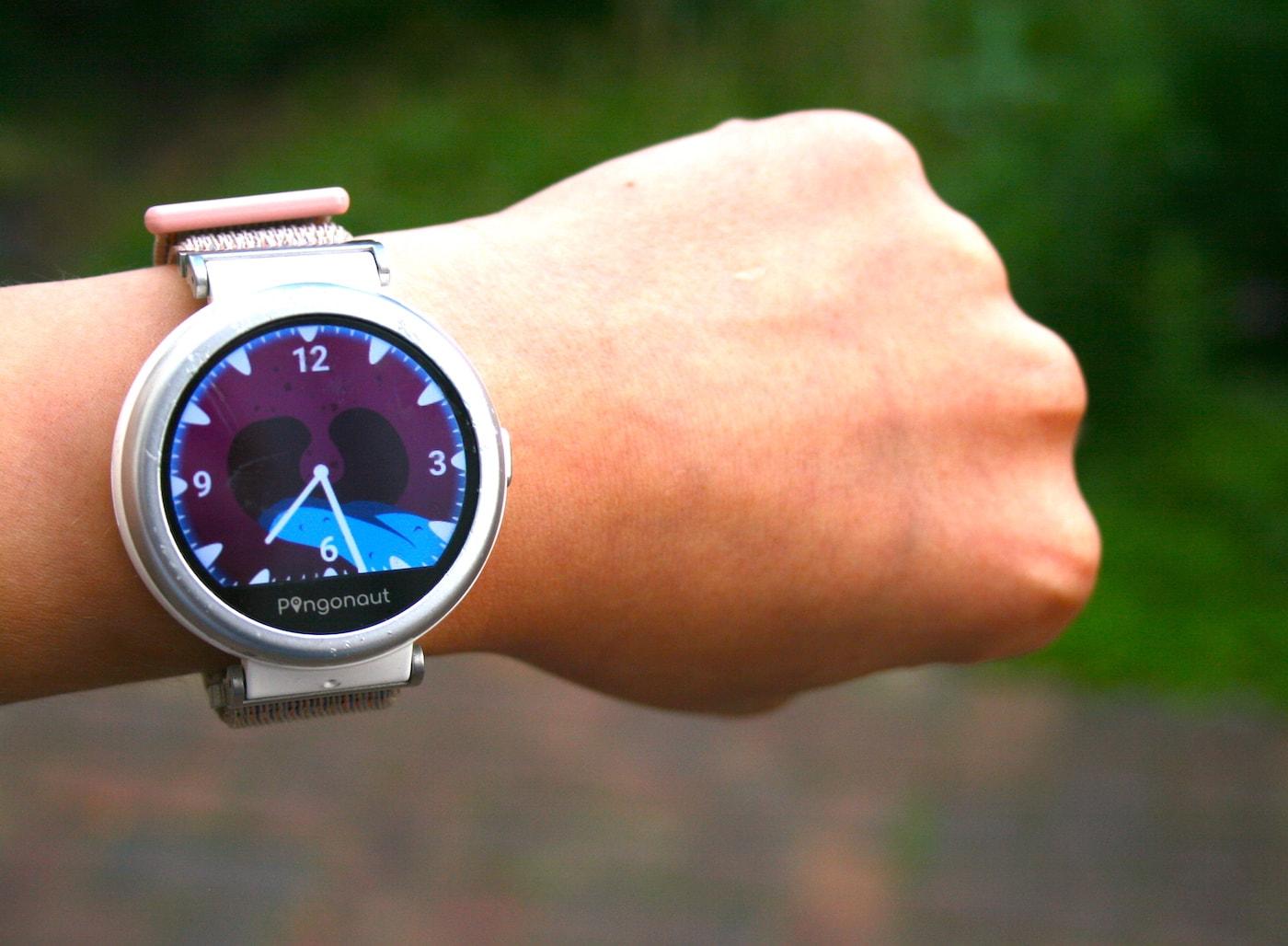 Smartwatch für Kinder von Pingonaut im Test // HIMBEER