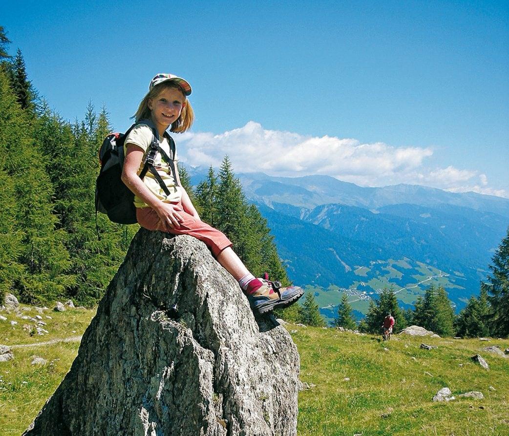 Wanderführer für Familien vom Bergverlag Rother: Erlebniswandern mit Kindern in Südtirol // HIMBEER
