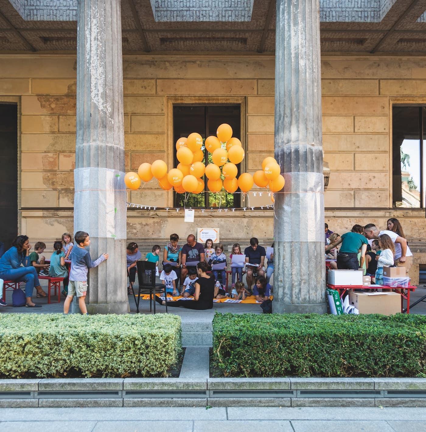 Aktionstag für Familien mit Kindern in Berlin auf der Museumsinsel // HIMBEER