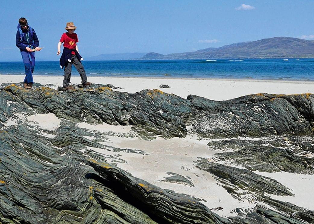 Reisetipp für Familien: Atemberaubende Naturlandschaften in Schottland // HIMBEER