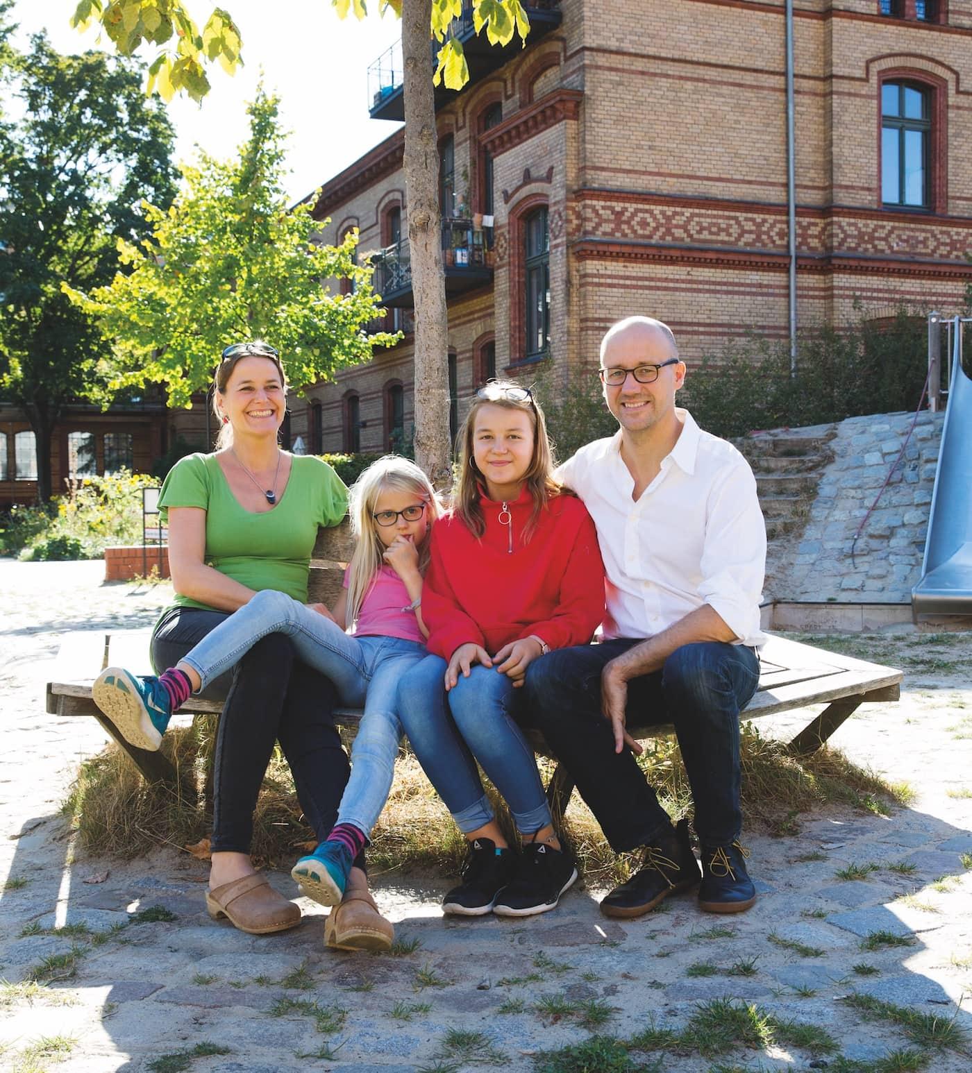 Familie grüner leben in Berlin // HIMBEER