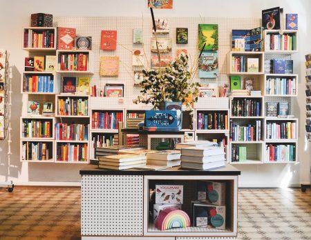 Krumulus Kinderbuchladen Druckwerkstatt Berlin // HIMBEER