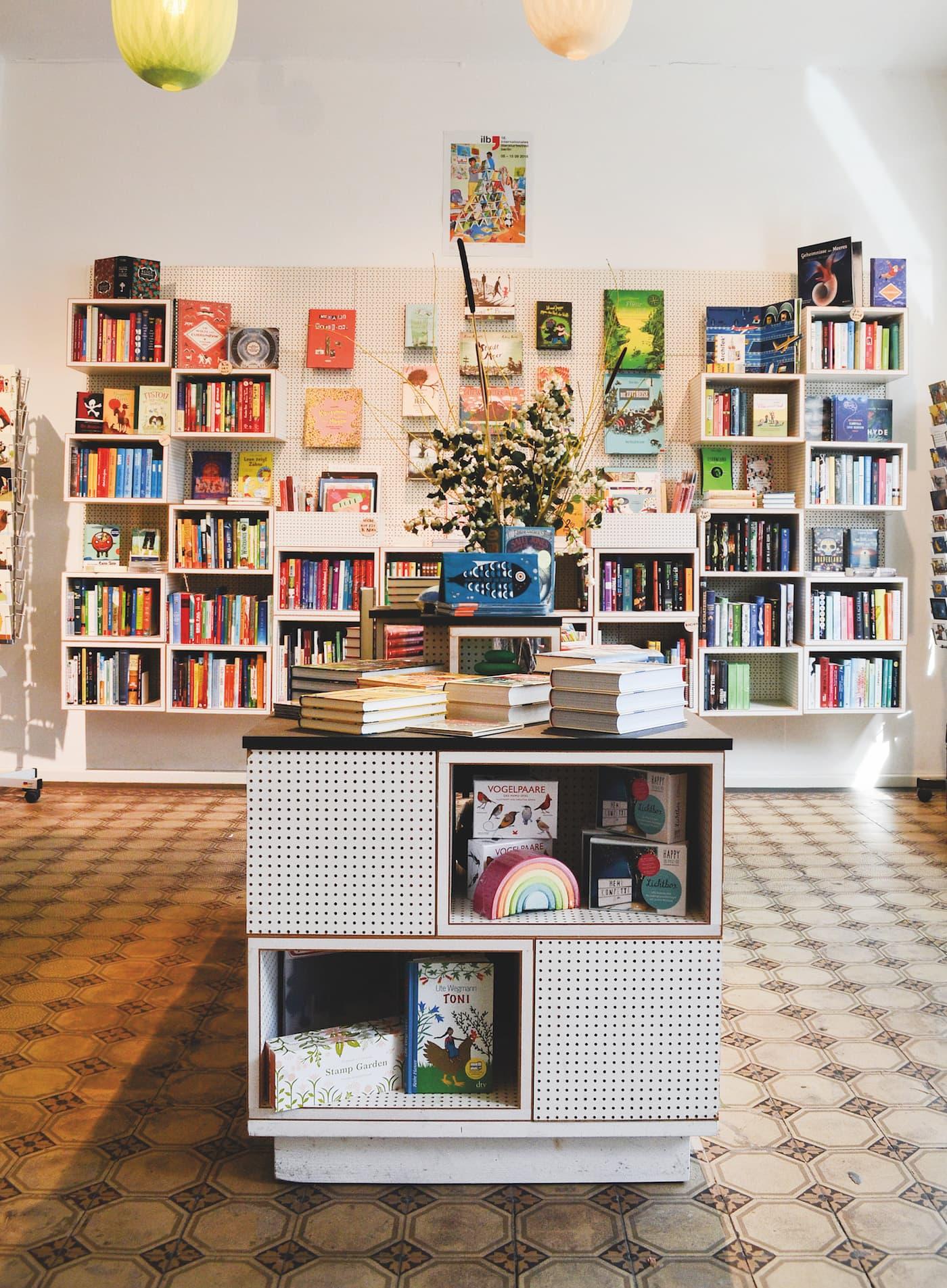 Krumulus Kinderbuchladen und Druckwerkstatt für Kinder in Kreuzberg // HIMBEER