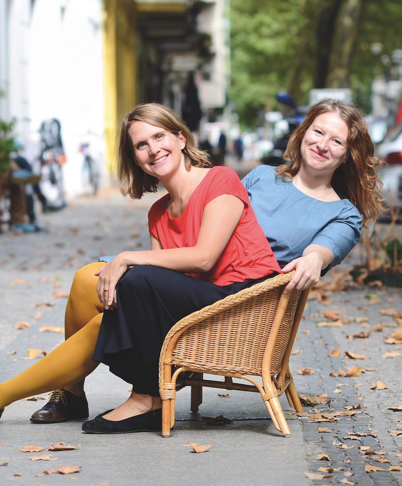Alessandra Cioni und Meike Badi-Wiese von kiri & jule – Kindermode in Berlin-Charlottenburg // HIMBEER