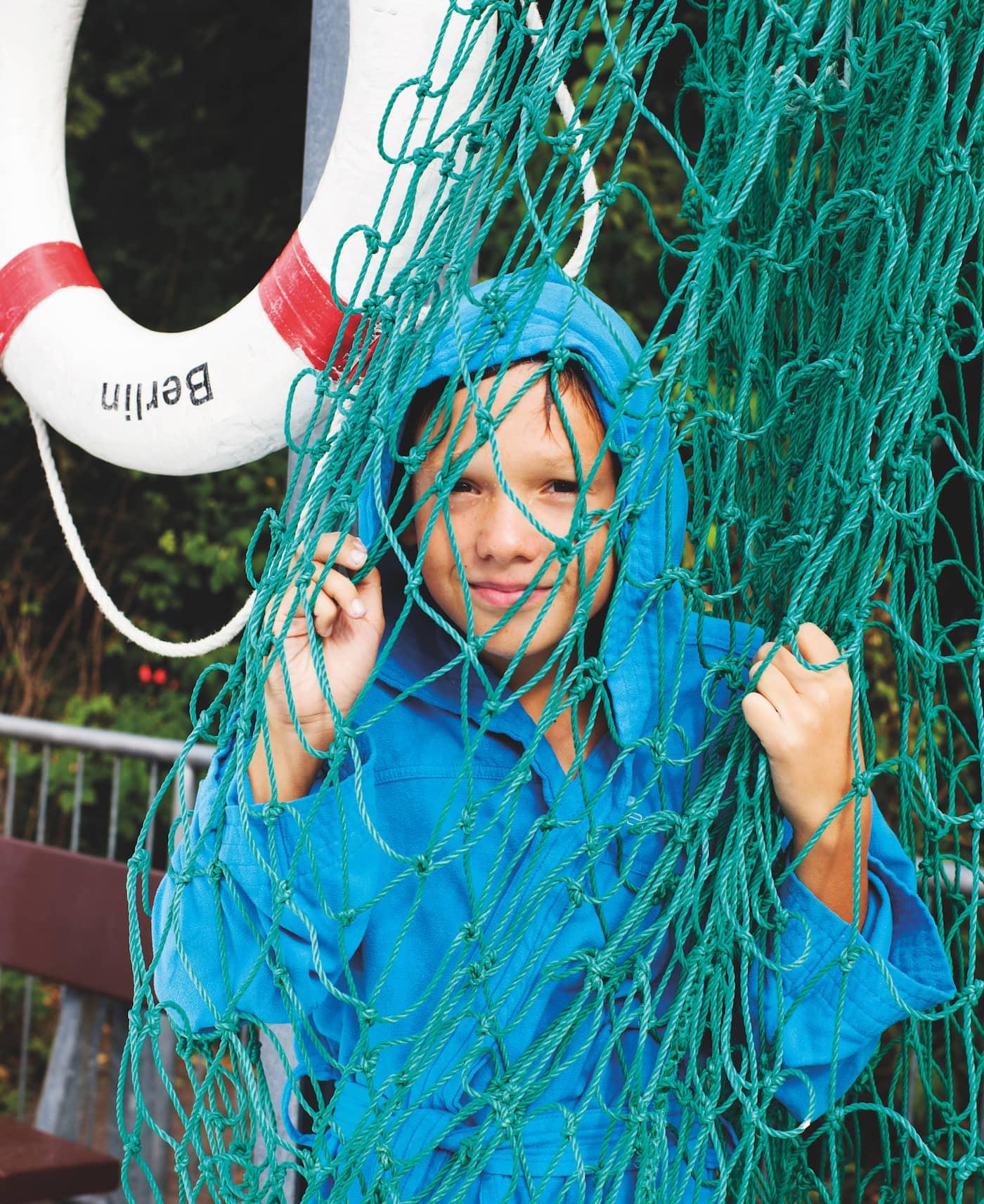 Kindersport in Berlin: Schwimmen und Wasserball // HIMBEER