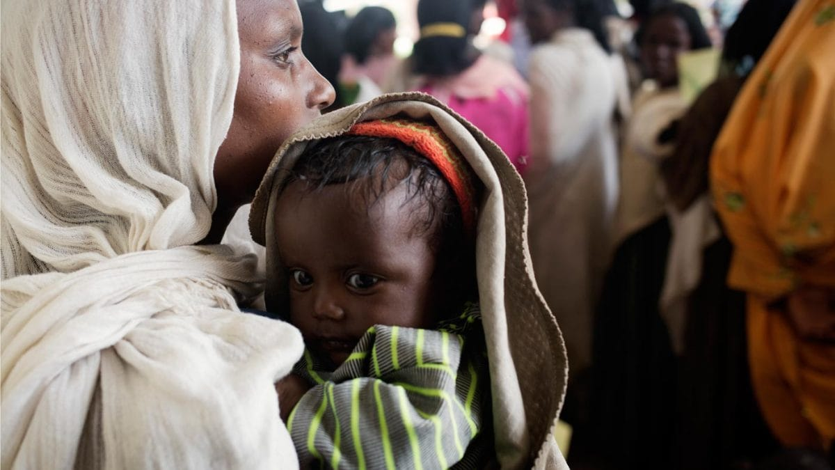 Pampers für UNICEF // HIMBEER