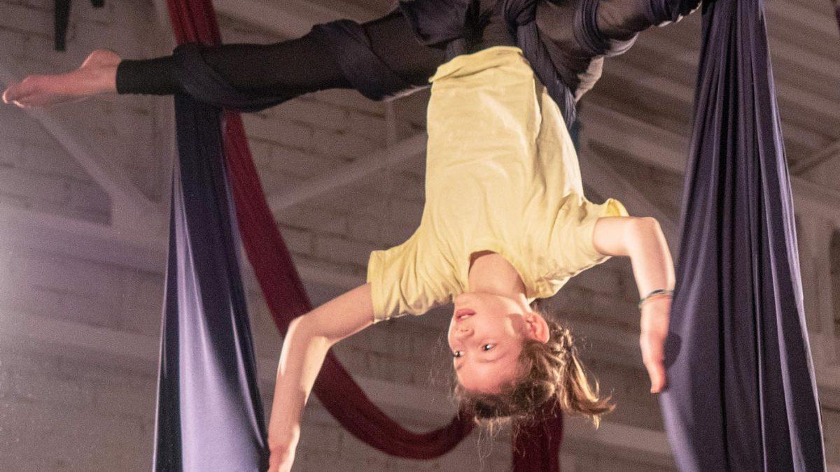 Zirkus-Kurse für Kinder in Berlin // HIMBEER