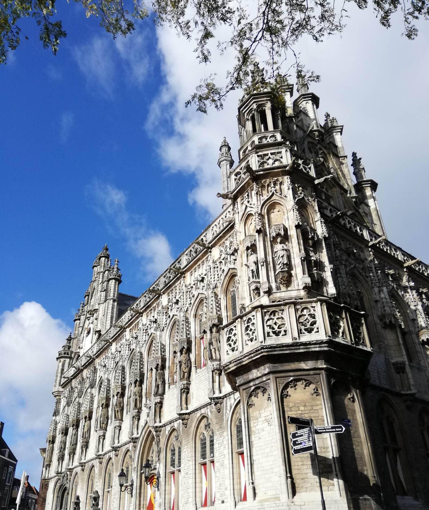Familienurlaub in Zeeland, Stadthuis Middelburg // HIMBEER