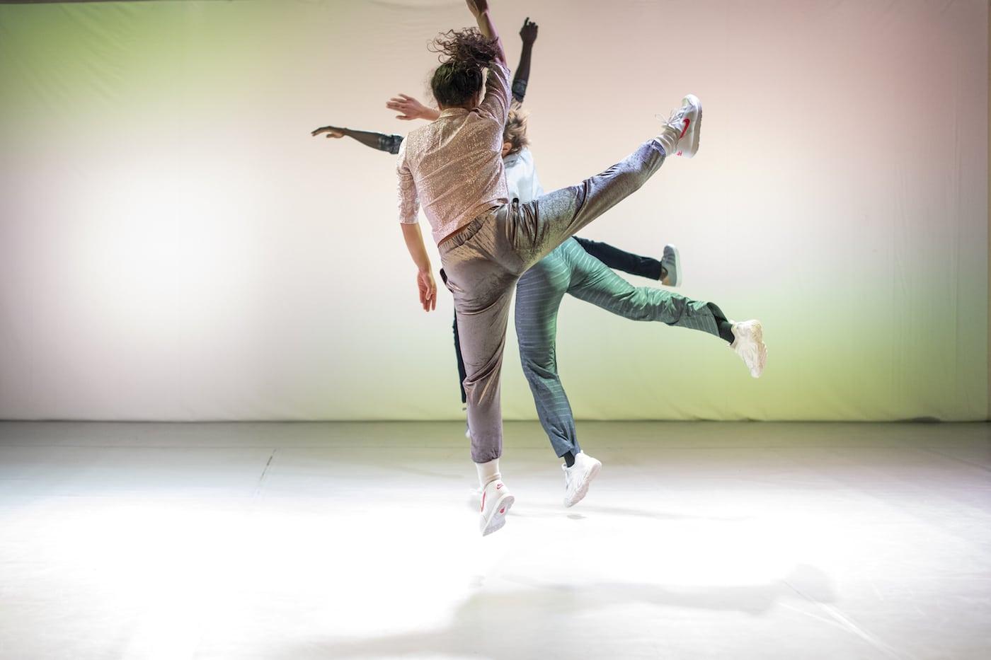 Tanz-Theater für Familien mit Kindern in Berlin // HIMBEER