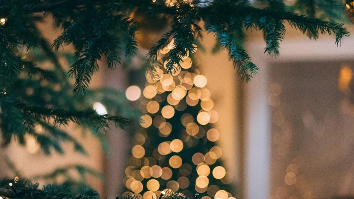 Stressfreie Feiertage für die ganze Familie – Weihnachtsrituale mit Kindern // HIMBEER