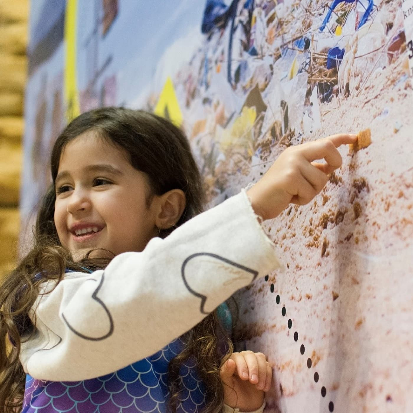 Umwelt-Ausstellung für Kinder in Berlin: Natürlich heute! – Elef erkundet den Strand // HIMBEER