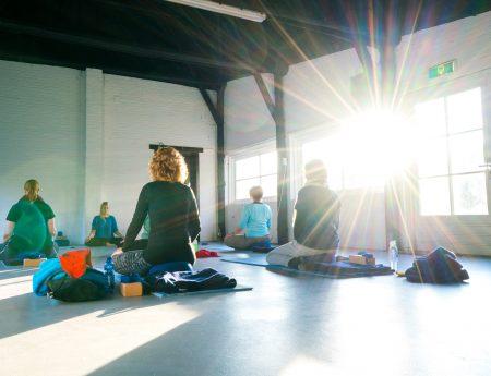 Familienurlaub mit Yogastunden auf dem Campingplatz in Holland // HIMBEER