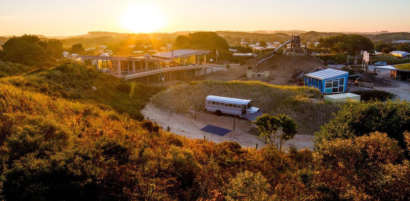 Wellnessbus auf dem Campingplatz in Holland // HIMBEER