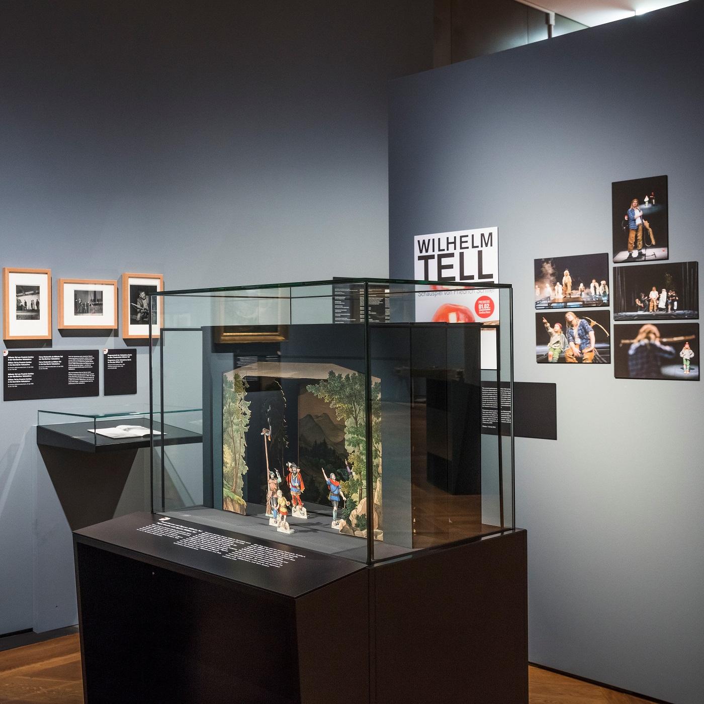 Wilhelm Tell und die Armbrust im Deutschen Historischen Museum // HIMBEER