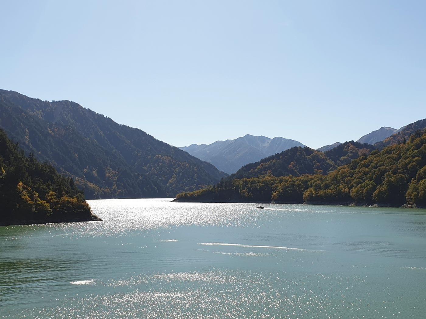 Japan mit Baby: Talsperre in den japanischen Alpen // HIMBEER