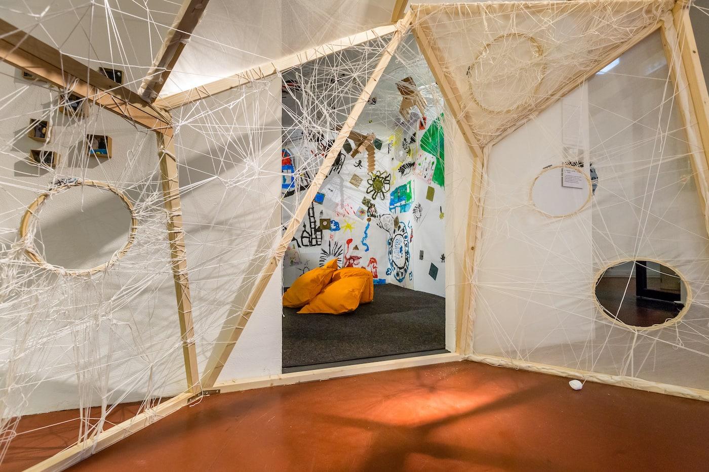 Kunst-Ausstellung für Kinder im KinderKünsteZentrum in Berlin // HIMBEER