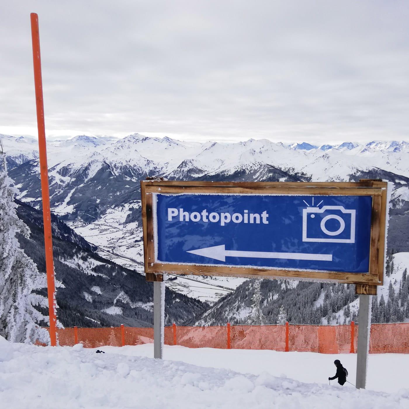 Skifahren mit Kindern im Großarltal: Panorama-Blick // HIMBEER