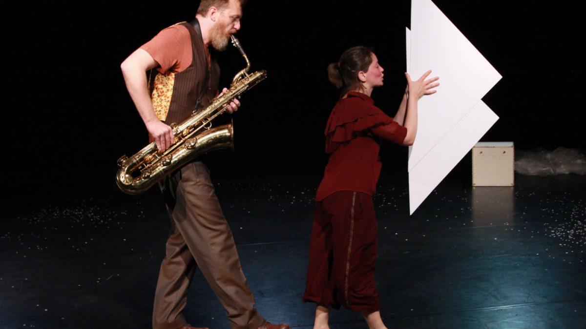 FELD Theater für junges Publikum: Im Wind // HIMBEER