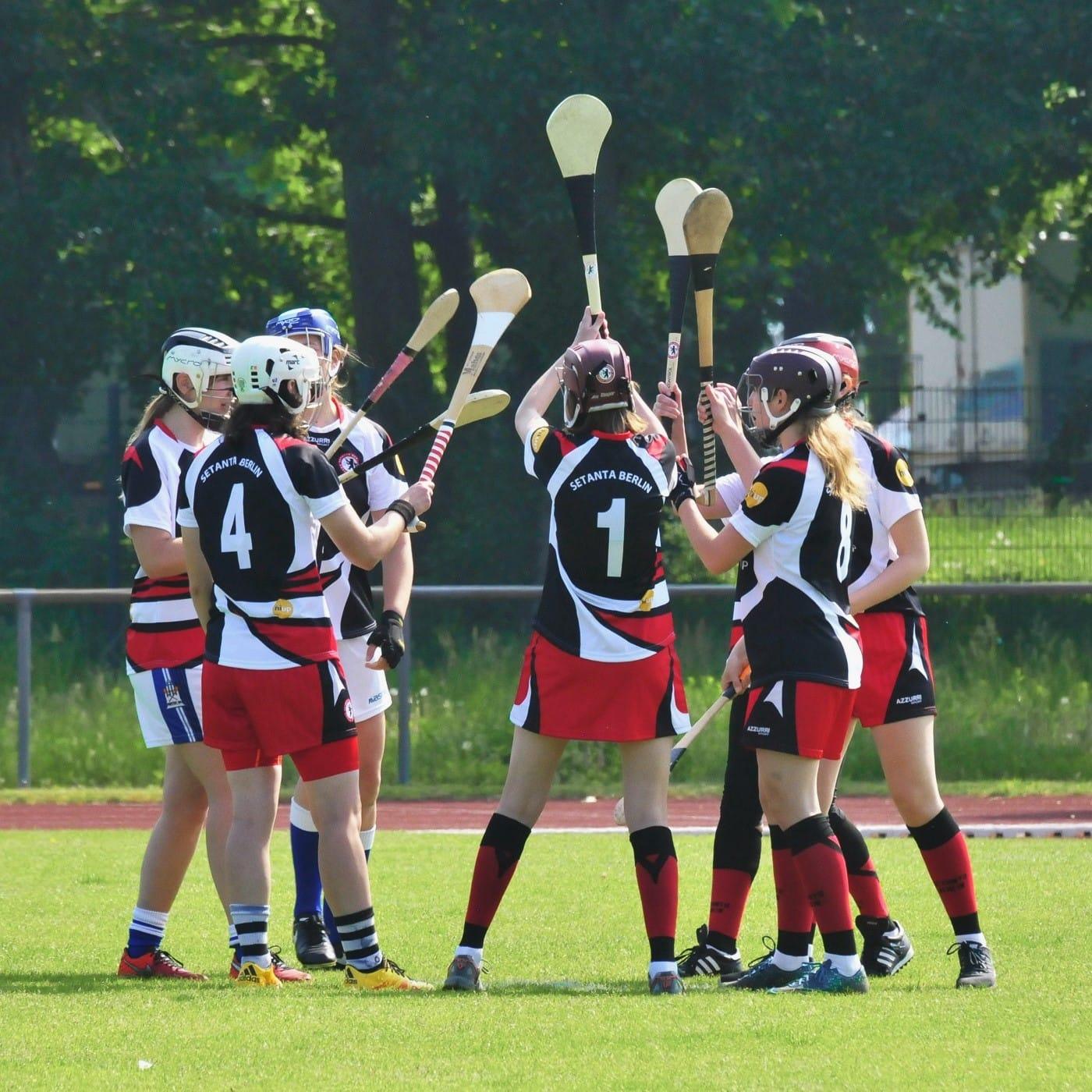 Gaelic Games in Berlin: Camogie-Team // HIMBEER