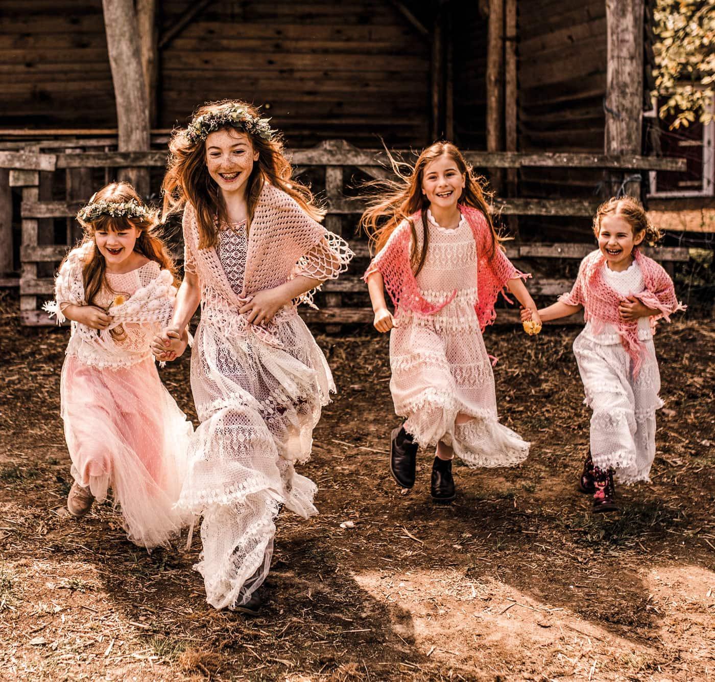 Familienfeiern gelingen, wenn die Kinder frei herumtoben können // HIMBEER