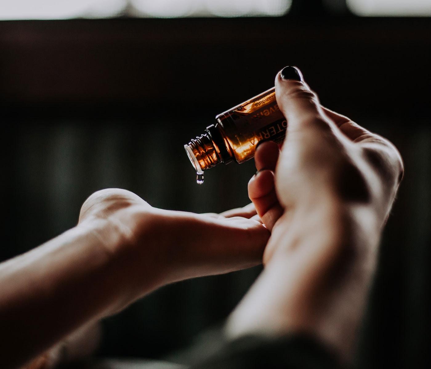 Ätherische Öle gegen schelchte Laune und Lagerkoller // HIMBEER