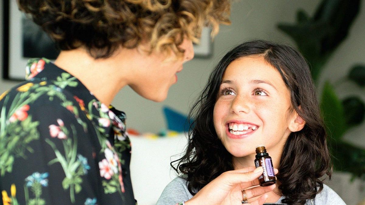 Reiseapotheke mit ätherischen Ölen für Familien mit Kindern // HIMBEER