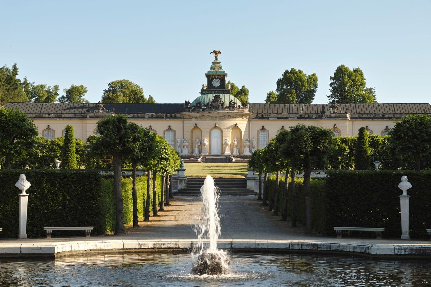 Ausflug mit Kindern nach Potsdam: Bildergalerie Sanssouci // HIMBEER