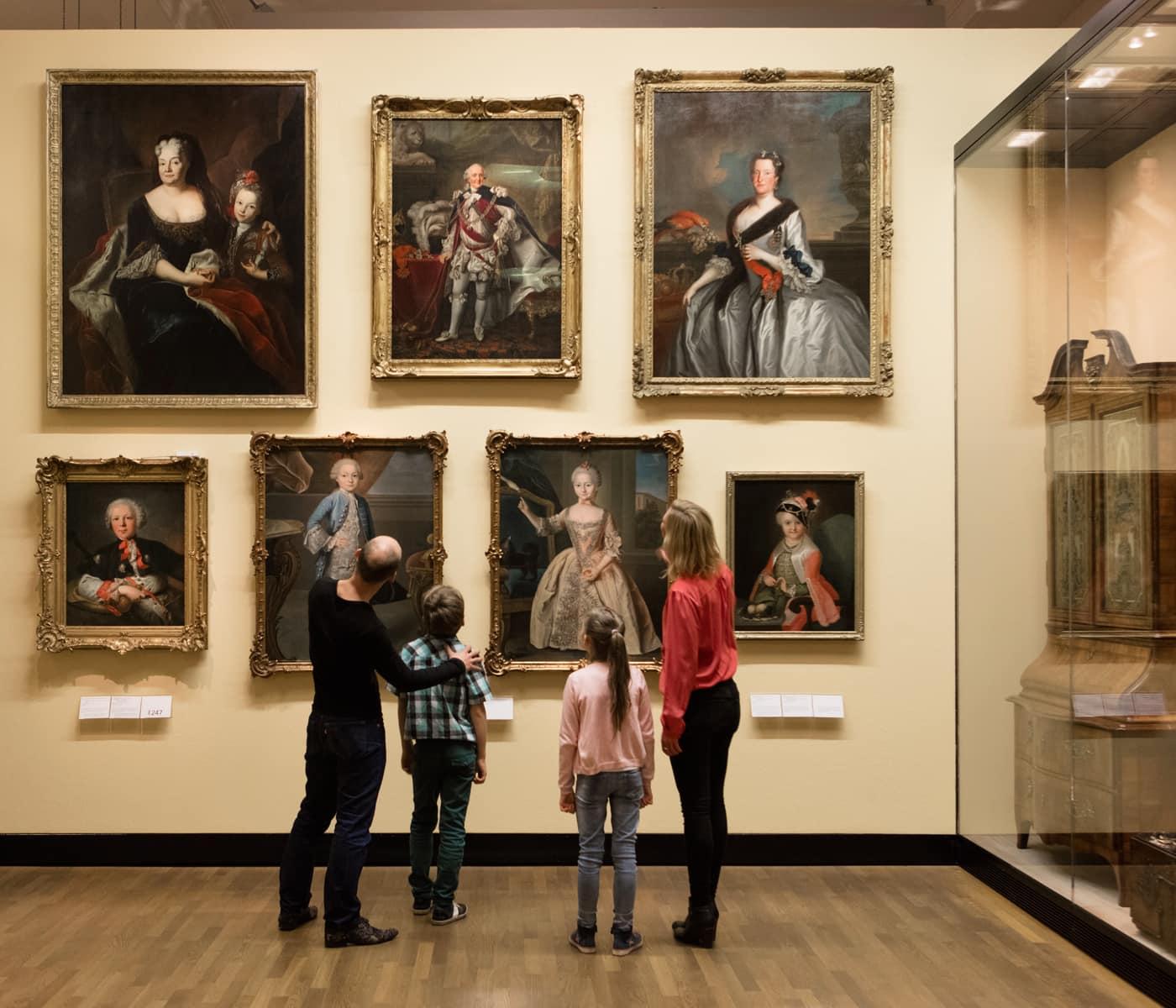 Führungen für Familien im Deutschen Historischen Museum // HIMBEER