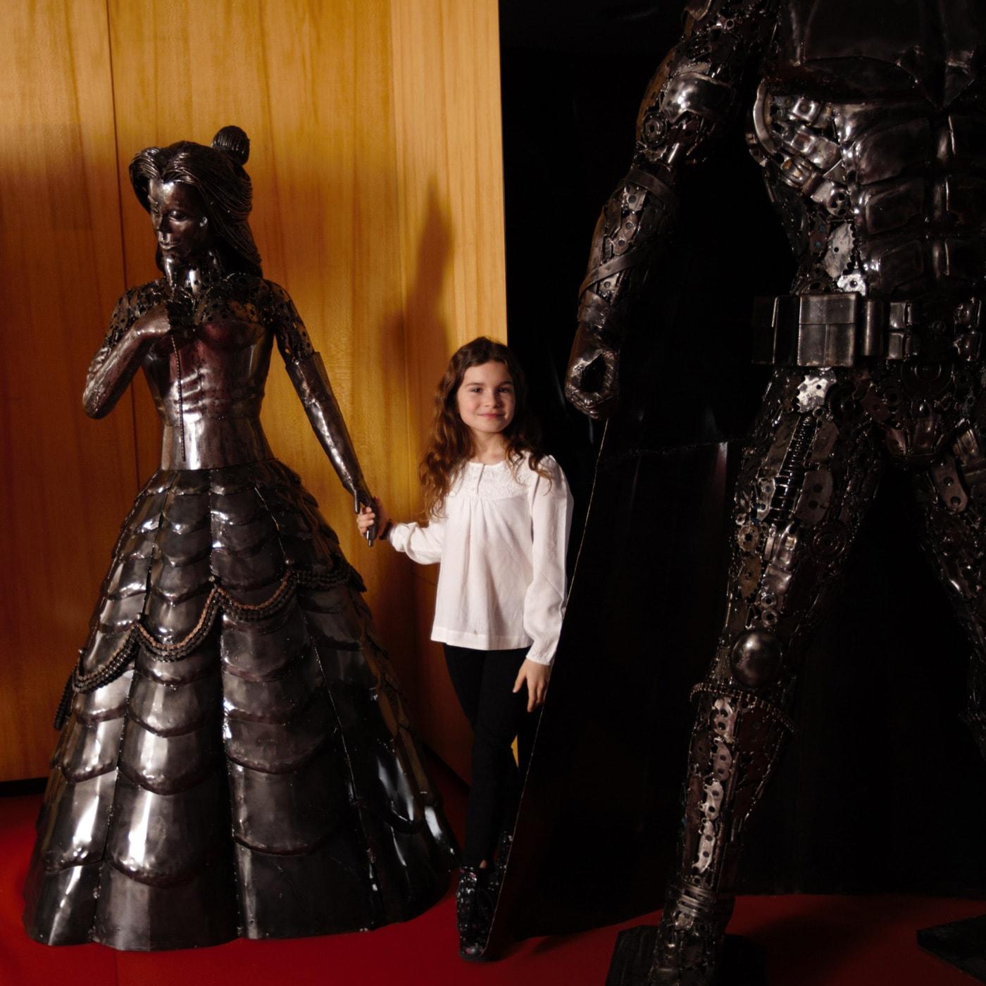 Gallery of Steel Figures Berlin // HIMBEER
