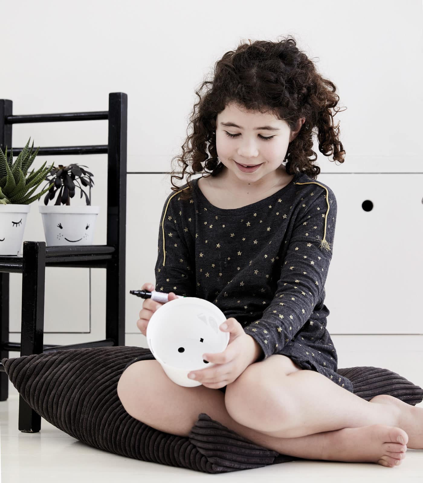 Pflanztöpfe bemalen mit Kindern // HIMBEER