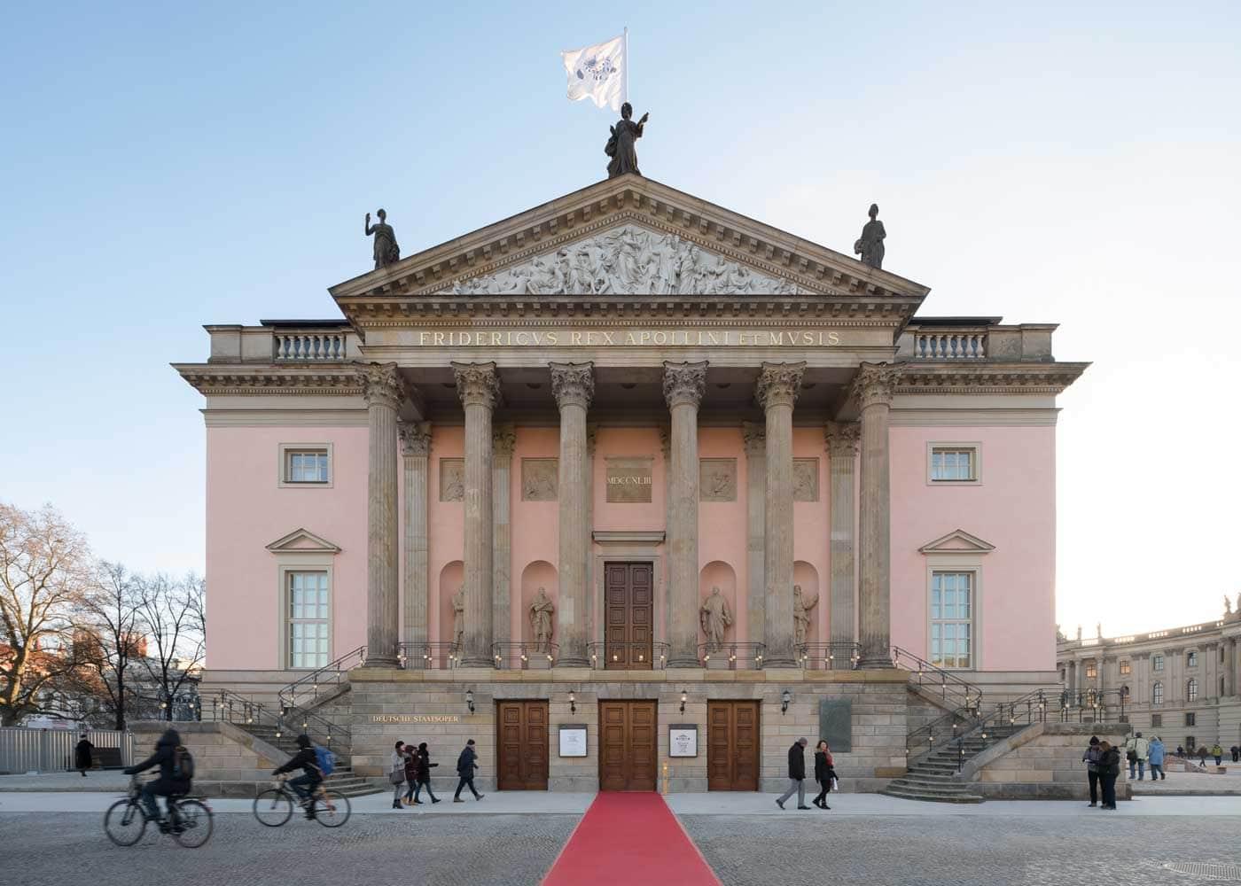 Kultur-Tipps für Familien mit Kindern in Berlin: Staatsoper Unter den Linden // HIMBEER