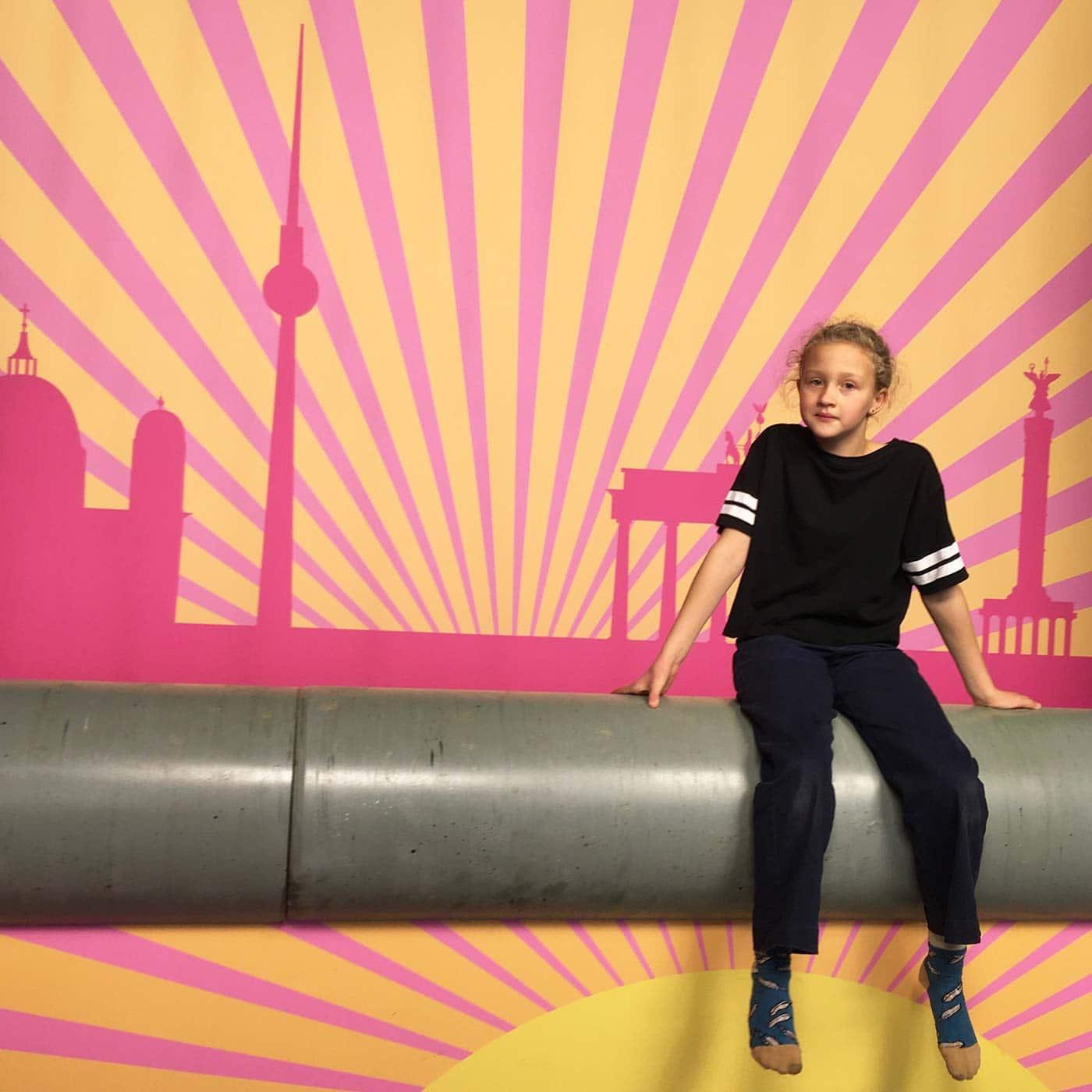 Tipp für Kinder und Jugendliche in Berlin: Interaktives Selfie-Museum // HIMBEER