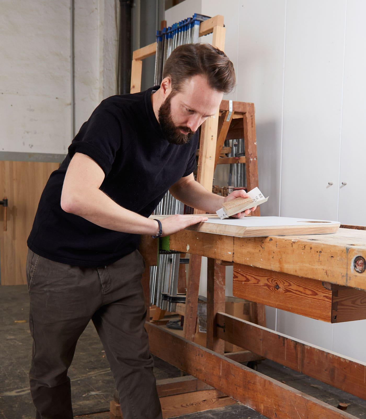 Philip und Lars – Möbelmacher in der Werkstatt // HIMBEER