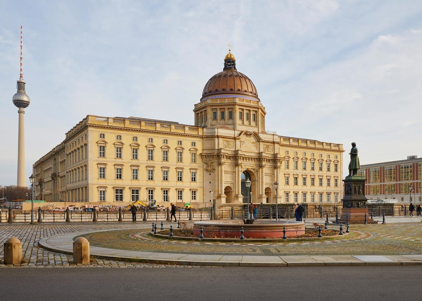 Humboldt Forum Berlin, Westfassade // HIMBEER
