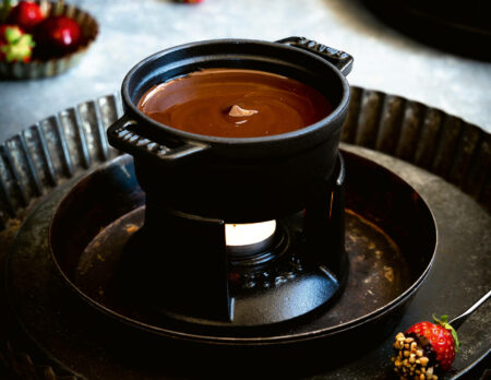 Schokoladen-Fondue mit Waffel-Bites // HIMBEER