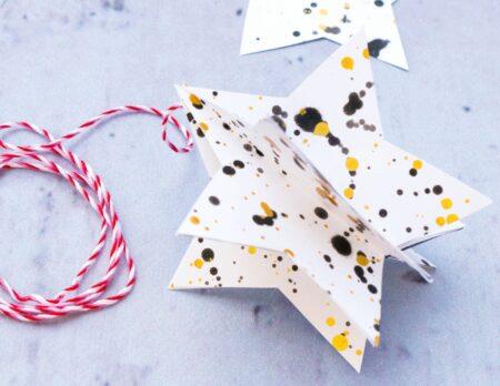 Weihnachtliche Sternenanhänger basteln // HIMBEER
