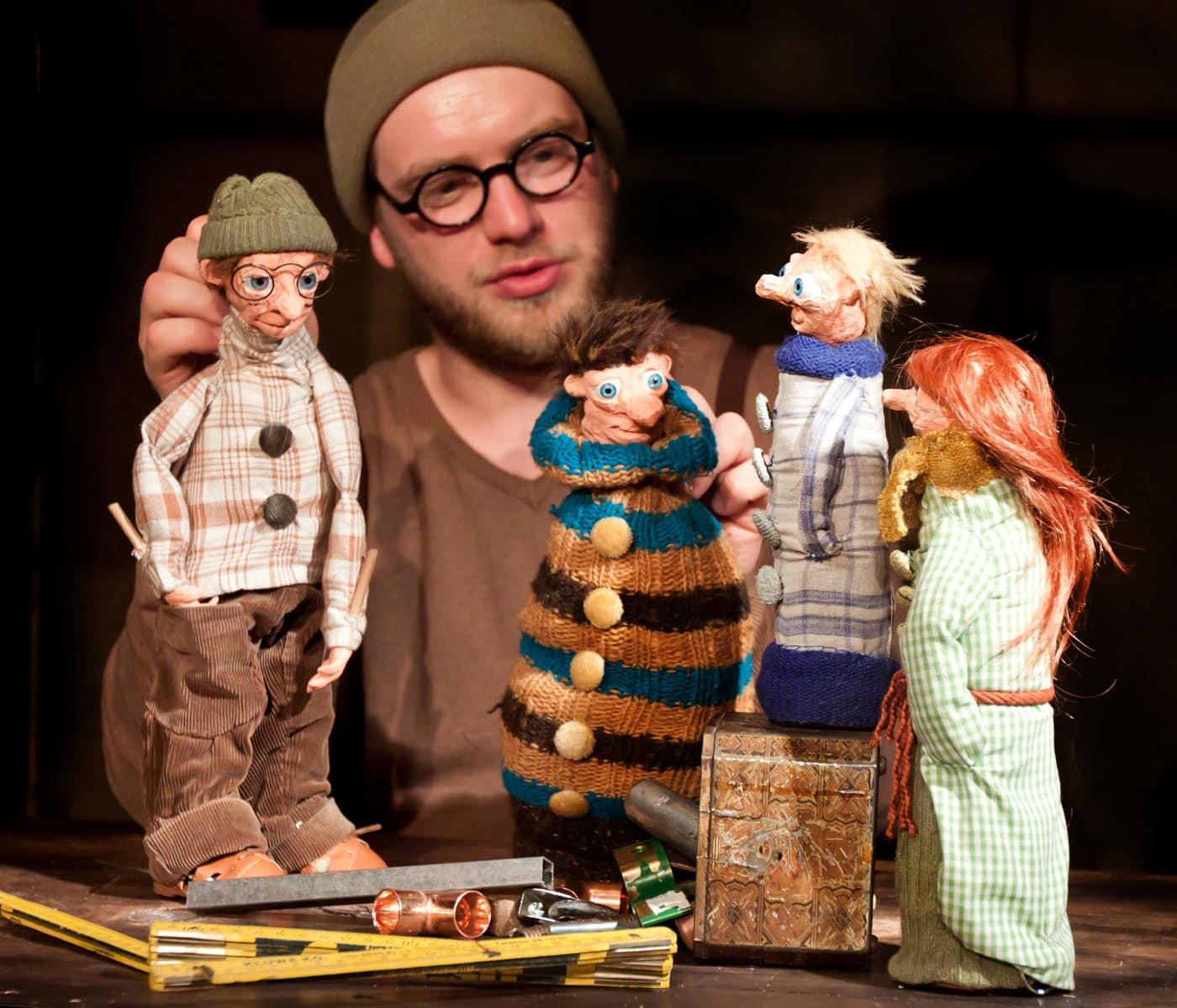 Puppentheater für Kinder: Die Werkstatt der Schmetterlinge // HIMBEER