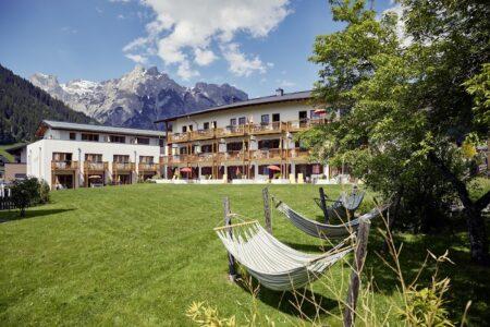 Familienauszeit im Gut Wenghof im Salzburger Land // HIMBEER