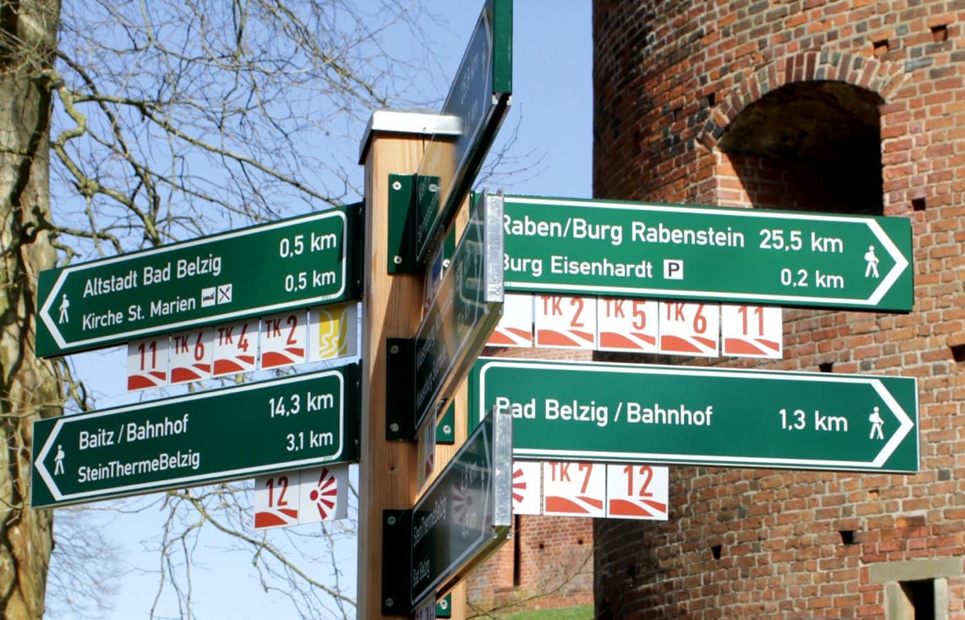 Internationaler Kunstwanderweg im Fläming // HIMBEER