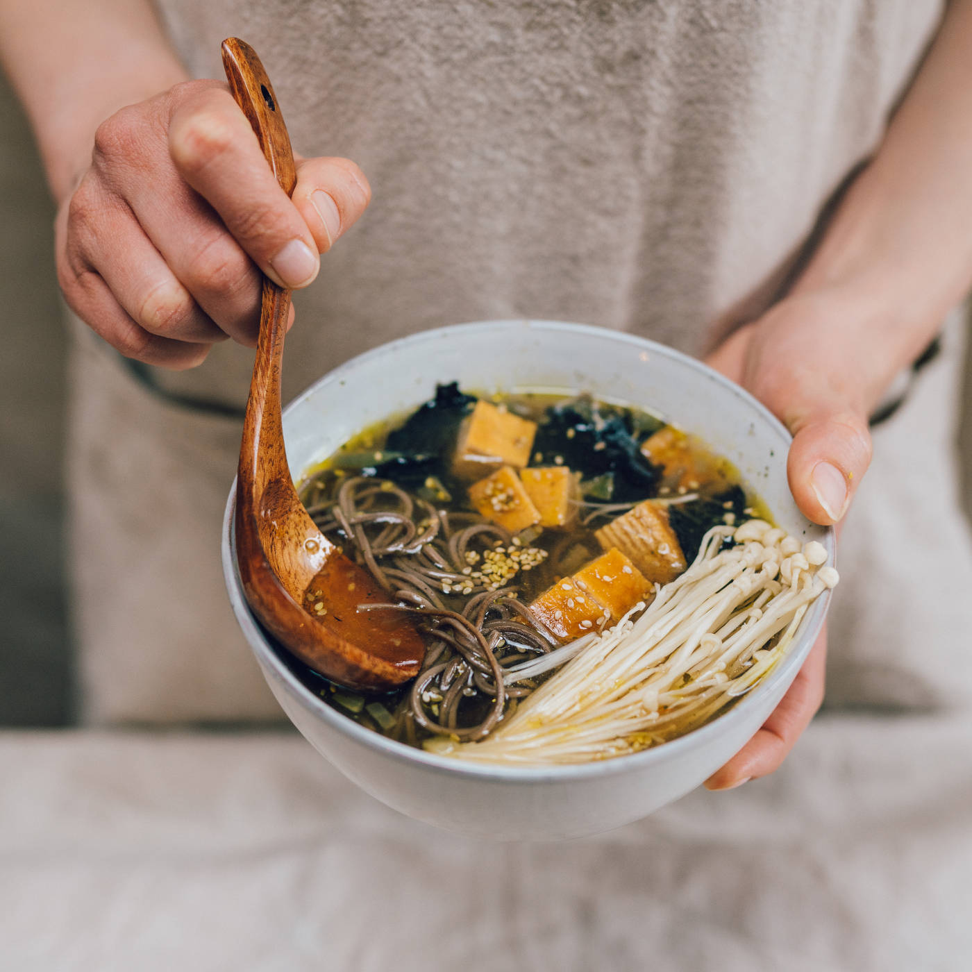 Mama Muun: Die Shitake Noodle Soup // HIMBEER