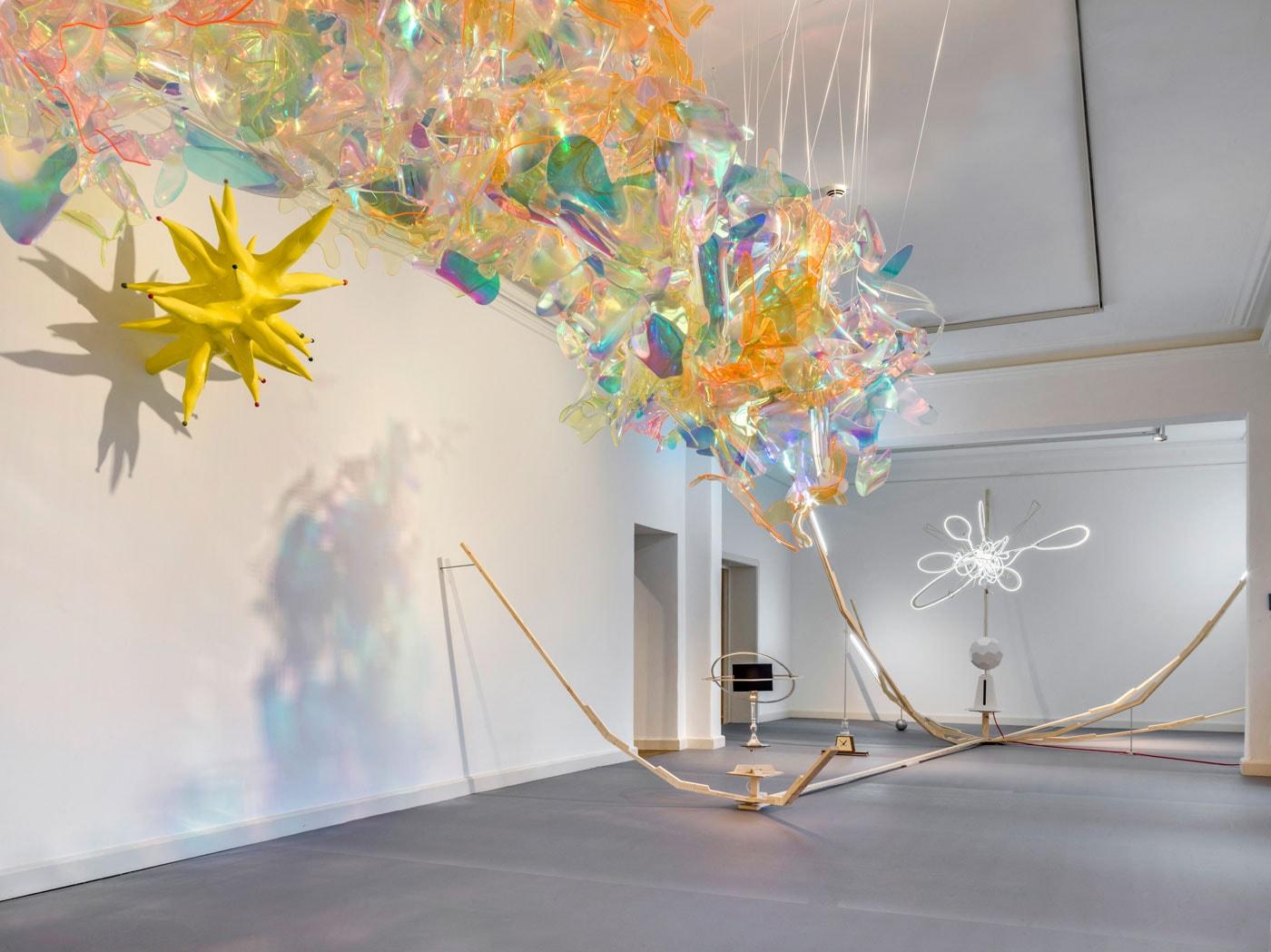 Haus am Waldsee: Into Space – Ausstellung bis 06.06.2021 // HIMBEER