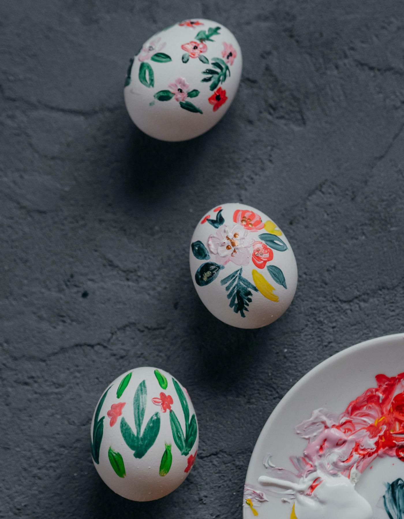 Blumen malen auf Eier // HIMBEER