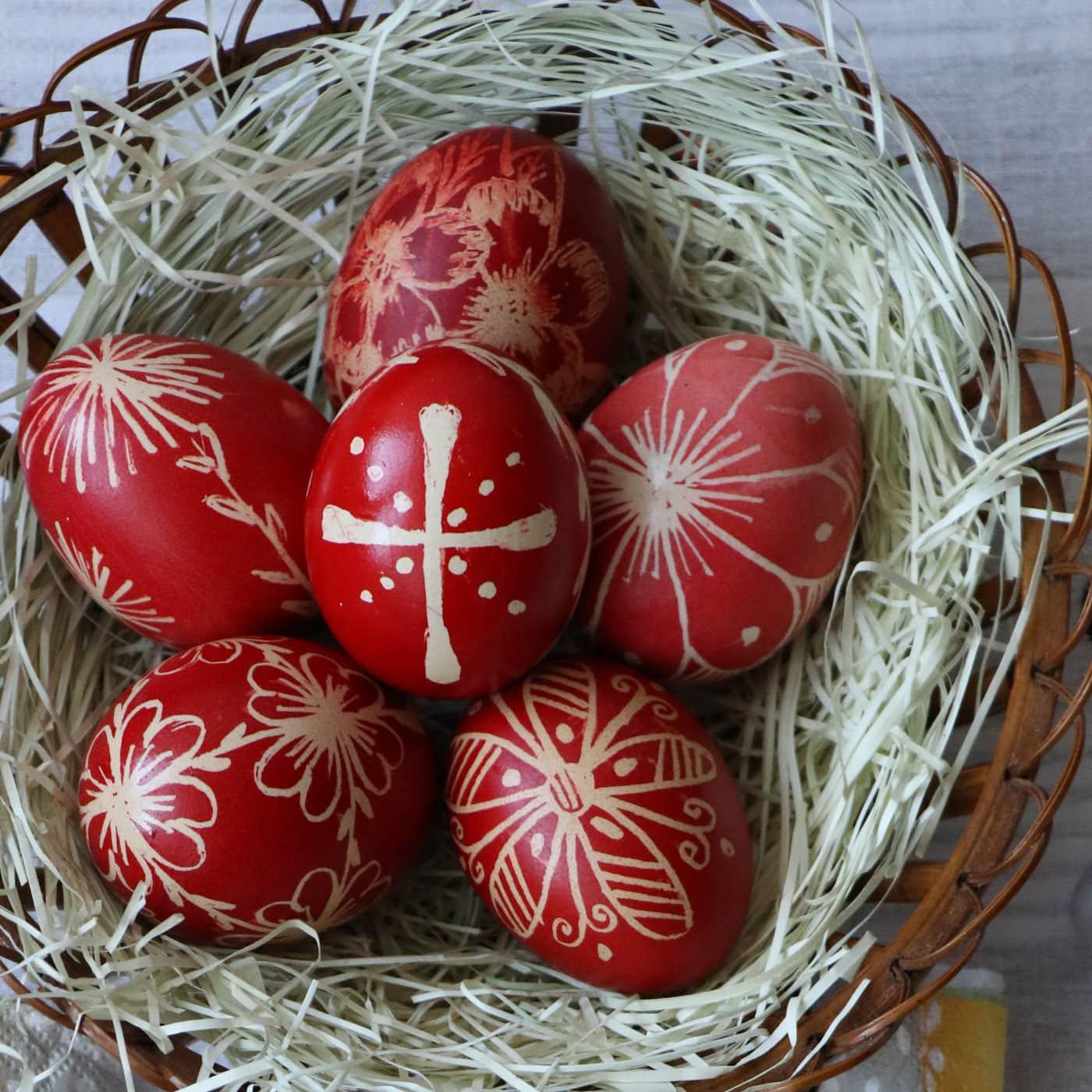 Warum gibt es zu Ostern bunte Eier? // HIMBEER
