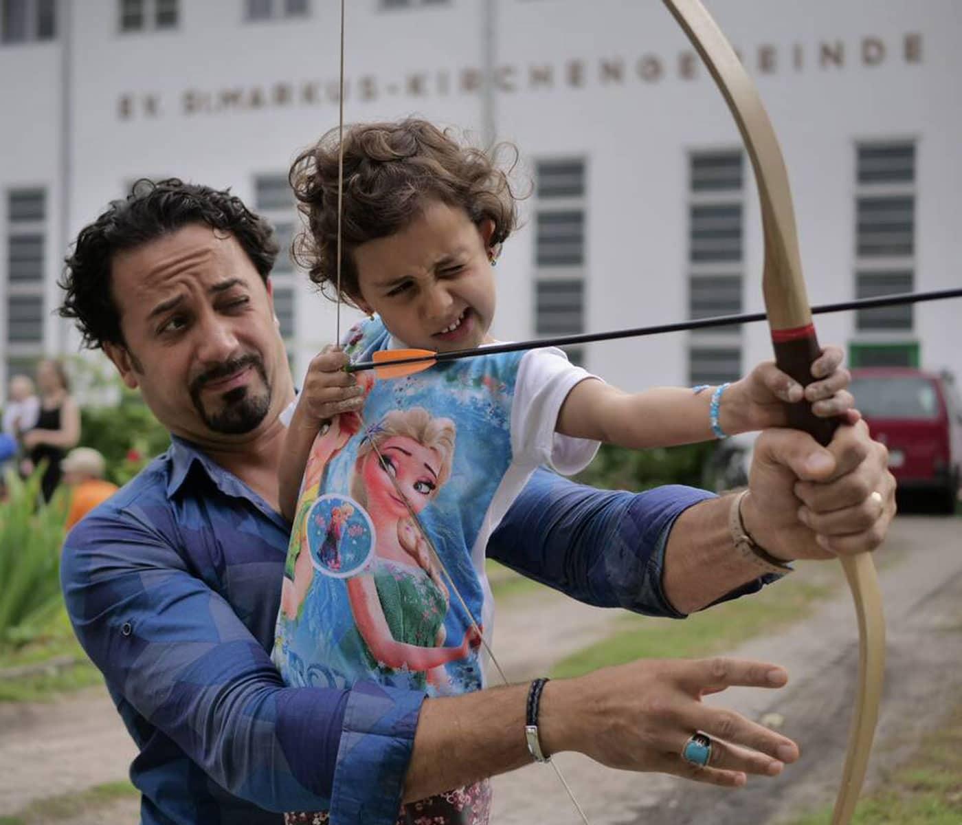 Aktivurlaub für Familien– Abenteuerurlaub mit Papa: Bogenschießen // HIMBEER