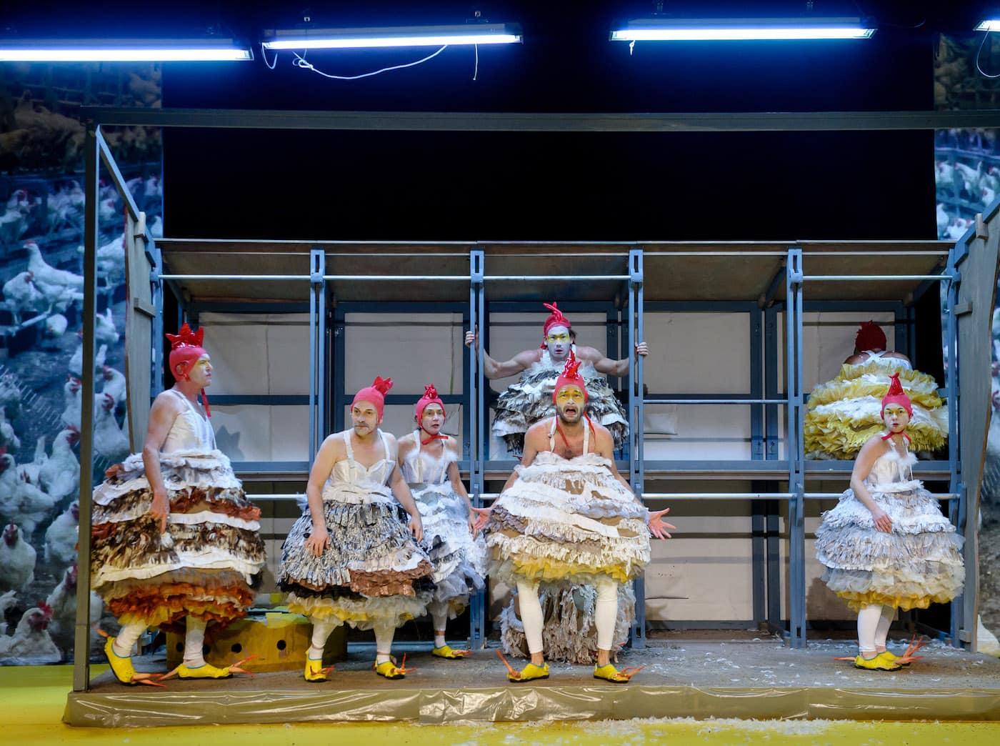Die Hühneroper für Kinder im ATZE Musiktheater // HIMBEER