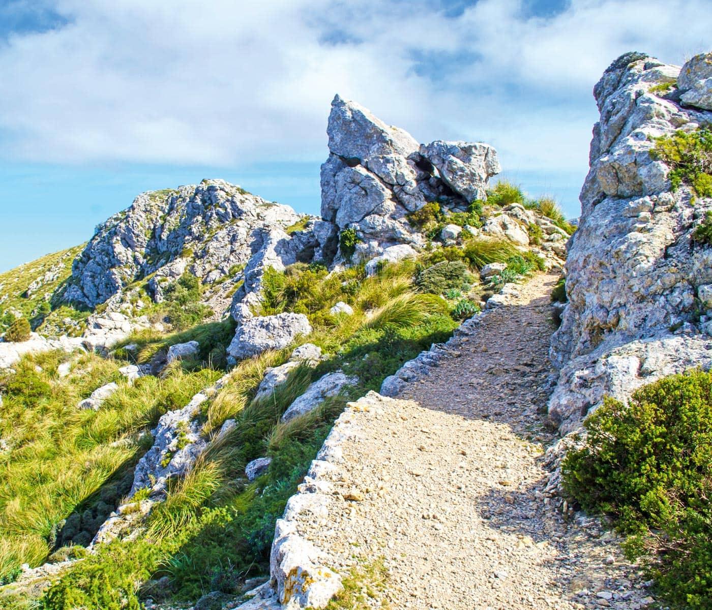 Naturzeit mit Kindern: Wandern auf Mallorca // HIMBEER