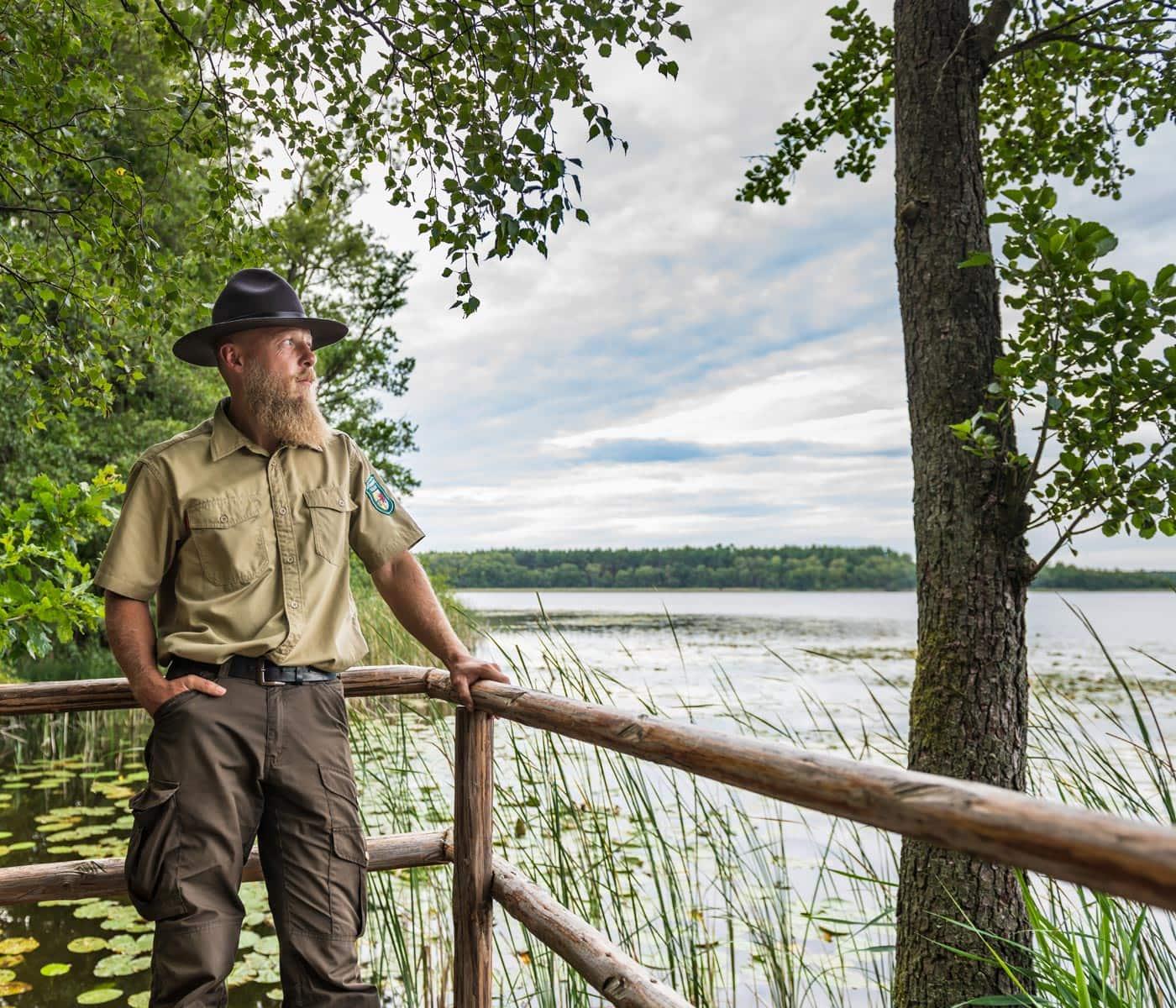 Ranger im Müritz-Nationalpar – Naturführungen an der Mecklenburgischen Seenplatte // HIMBEER
